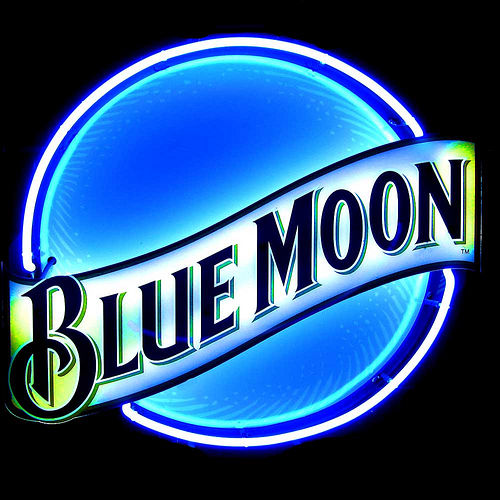 BLUE MOON Sampling @ JR's BEER WAREHOUSE | Rochester | Pennsylvania | United States
